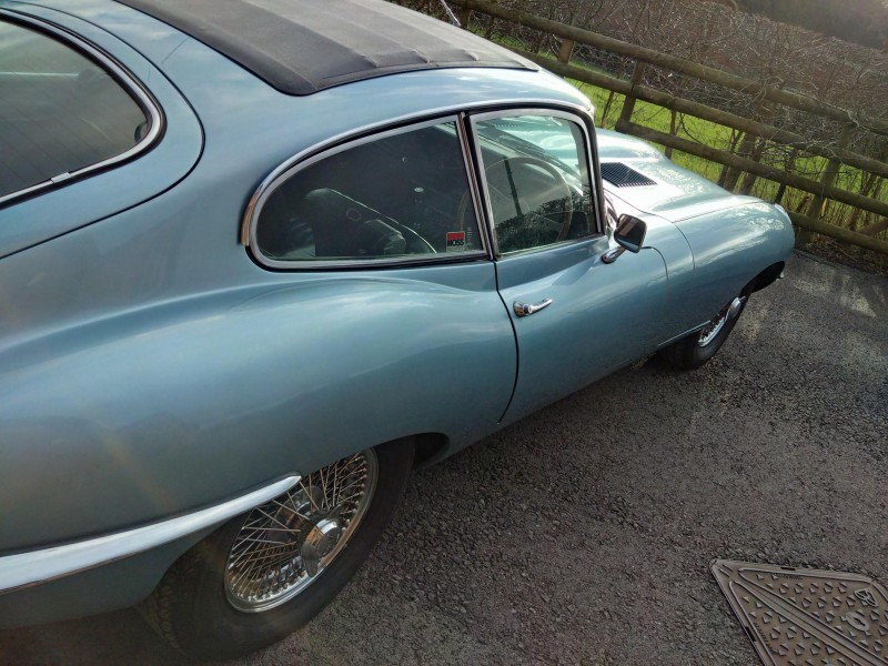Jaguar E Type S2 4.2 FHC